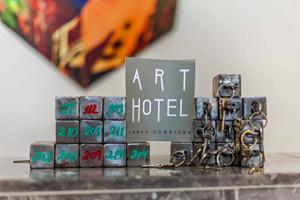 Art_hotel_key_3