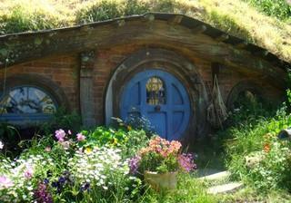 Hobbit_akl_house