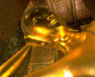 Wat_pho_night_sale_2