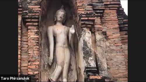Walking_buddha