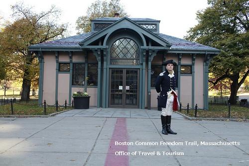 Boston_common_freedom_trail_massach