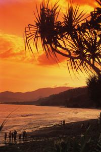 Alila_mangis_black_beach_s_4