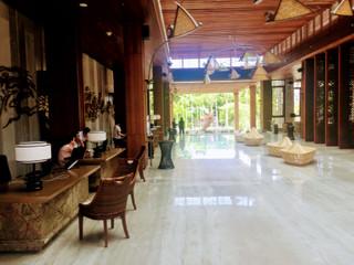 Hotel_lobby_area
