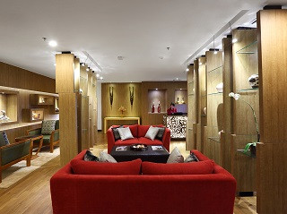 7_hospitality_room