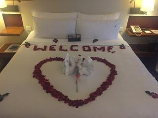 Honeymoon_set_up