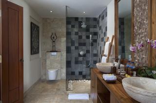 Bath_room_of_deluxe_suite