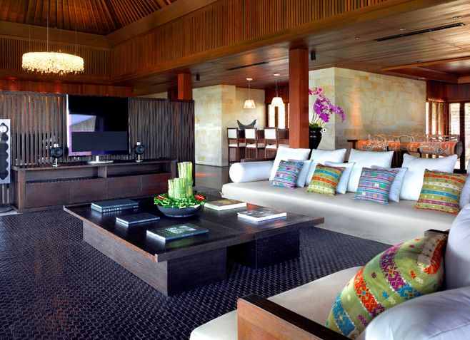 Bulgari_mansion_living_area1