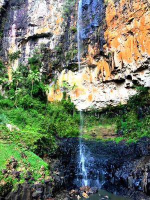 Purling_brook_falls3
