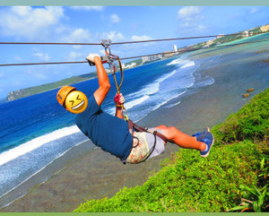 Zipline_with_sea