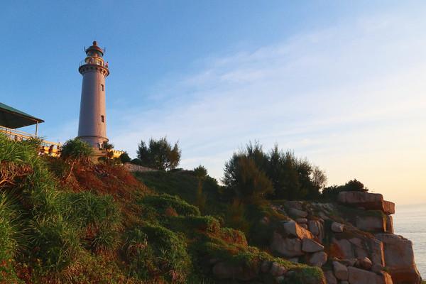 Phu_yen_dai_lanh_lighthouse_2_2