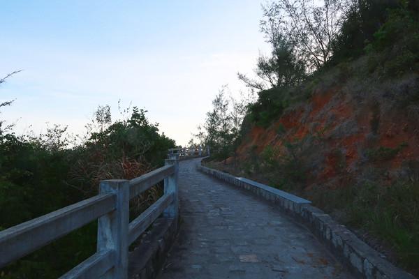 Phu_yen_way_to_mui_dien_cape_1_2