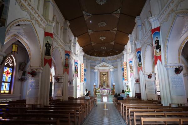 Phu_yen_mang_lang_church_4