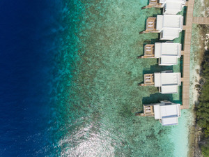Rsz_water_villa_aerial