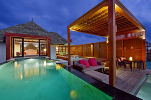 Water_villa_with_pool3