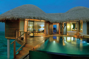 Water_villa_with_pool