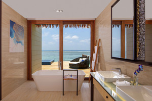 Overwater_villa_bathroom_with_oce_2
