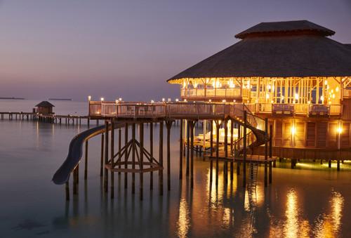 3814_soneva_jani_resort_dining_the_
