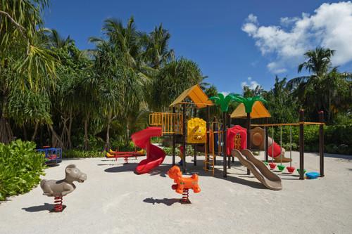 Pullman_maldives_maamutta_kids_cl_2