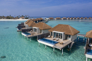 Rbr_md_051_250220_overwater_villa_a