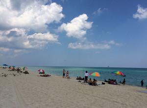 Beach_and_ppl_oct_2015