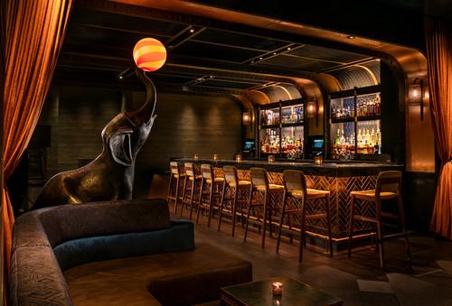 Elephant_lounge2_warren_jagger