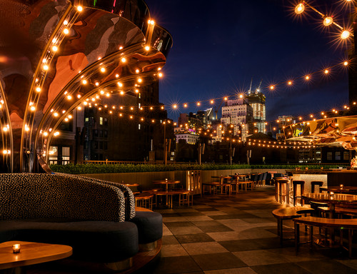 West_patio_carousel_warren_jagger
