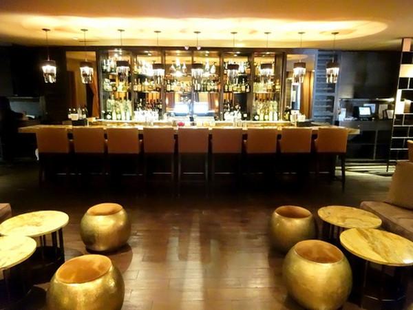 Empr_lobby_bar