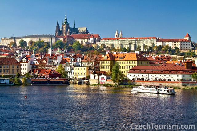Praha__prazsky_hrad_800x533