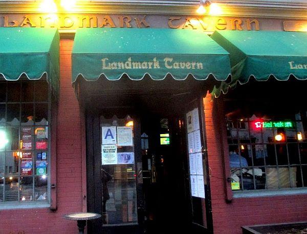 Landmark_tavern05