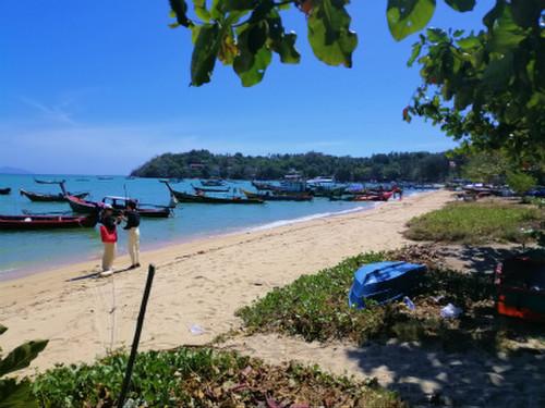 We_cafe_rawai_beach4