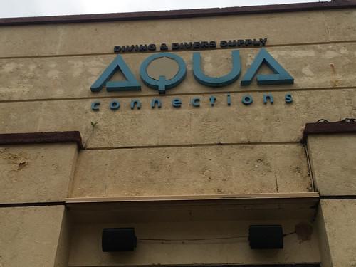 Aqua_entrance_2