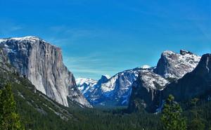 Yosemite_winter_main