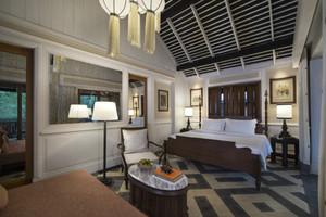 Riverside_villa_bedroom_001