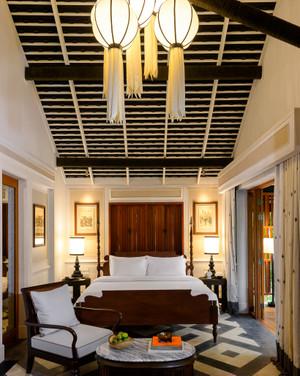 Riverside_villa_bedroom_003